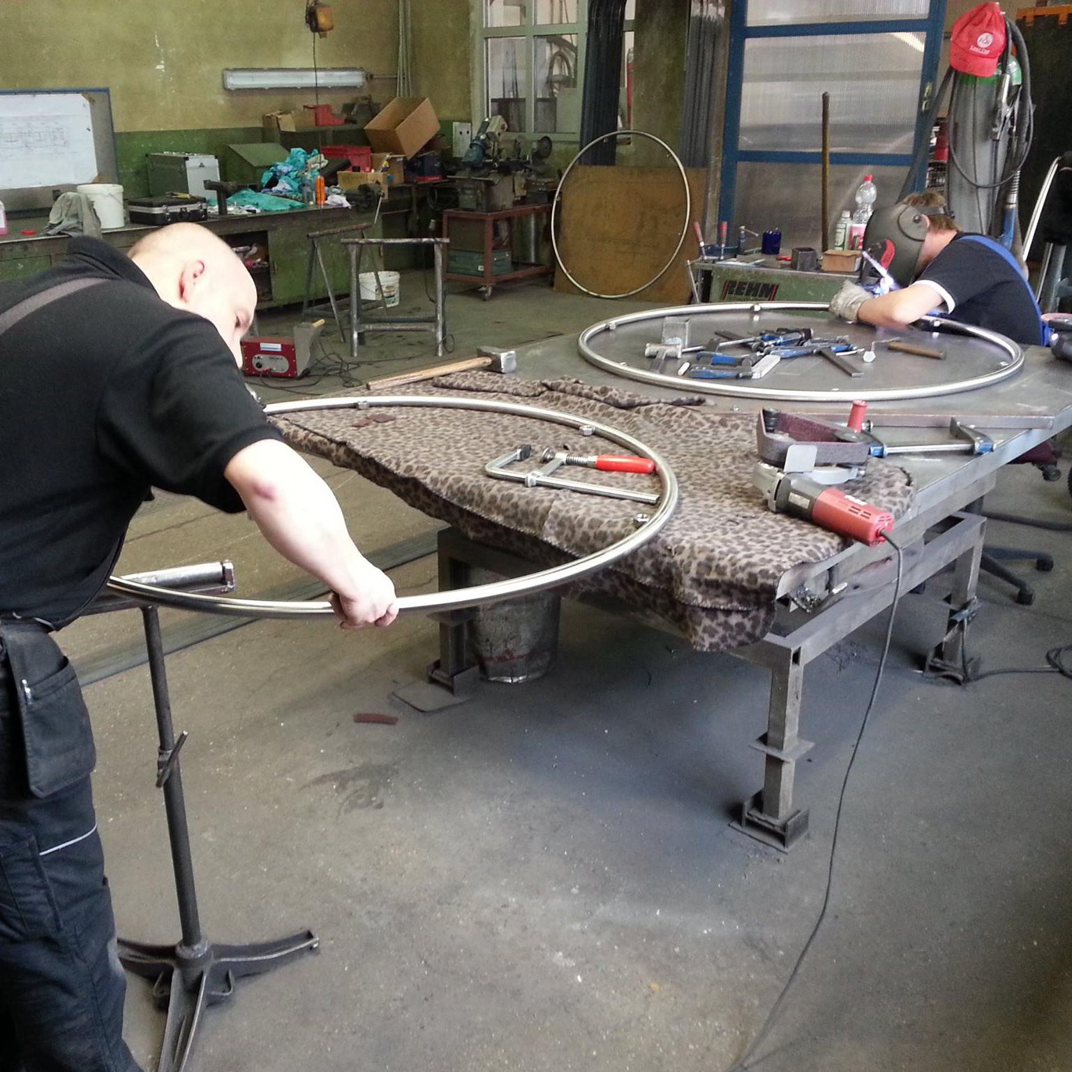 Trampolin Herstellungsprozess 1
